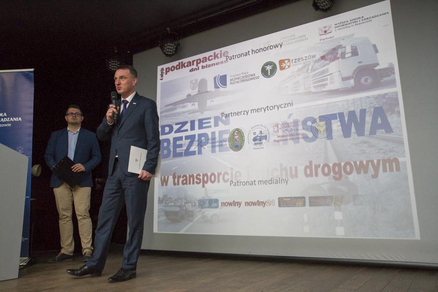 Dzień Bezpieczeństwa w Transporcie i Ruchu Drogowym na WSIiZ