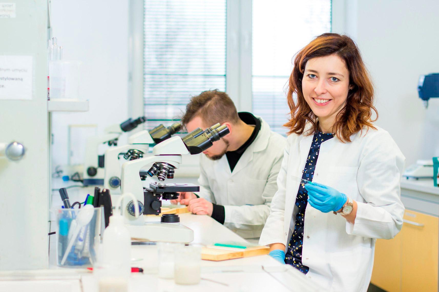 Laboratoria badawcze i dydaktyczne
