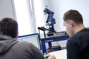 Laboratorium Automatyki iRobotyki