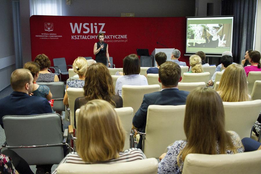 Kampus WSIiZ w Rzeszowie. Sala Senatu.