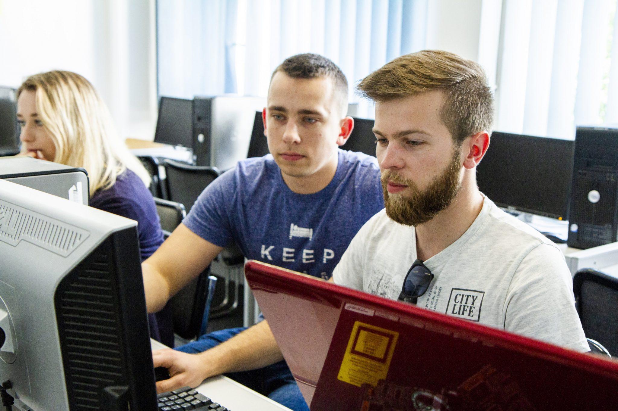Studia Anglojęzyczne: Informatyka