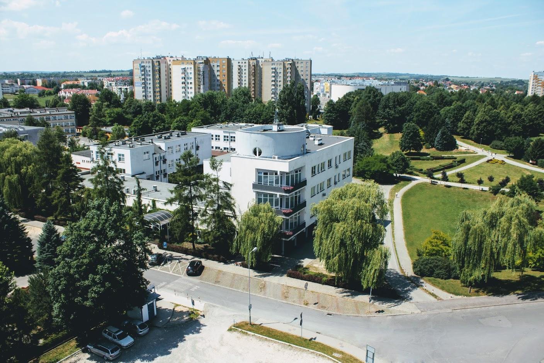 Wyższa Szkoła Informatyki i Zarządzania